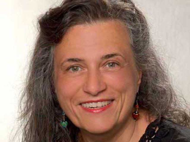 Dr. Andrea Pühringer